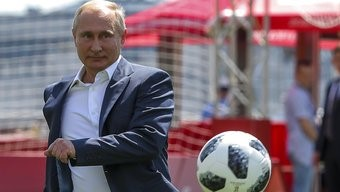 In Moscow an education in all things Putin2