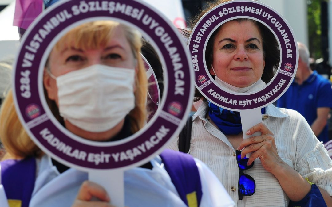 Hashtag campaign spotlights violence against women in Turkey