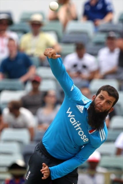 Muslim players make inroads into English cricket