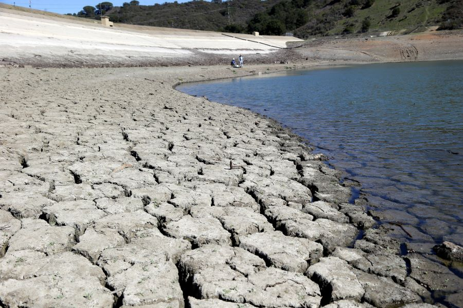 Climate change imperils California water. But there's hope.